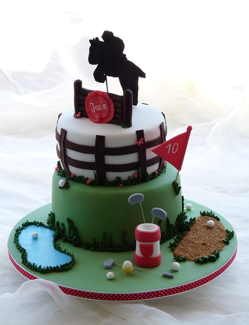Golf and horse cake
