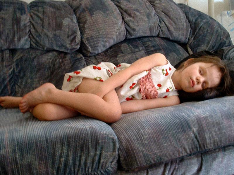 Photos of young girls sleeping — photo 11