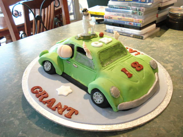 Mossy's masterpiece Grants 18th Birthday cake