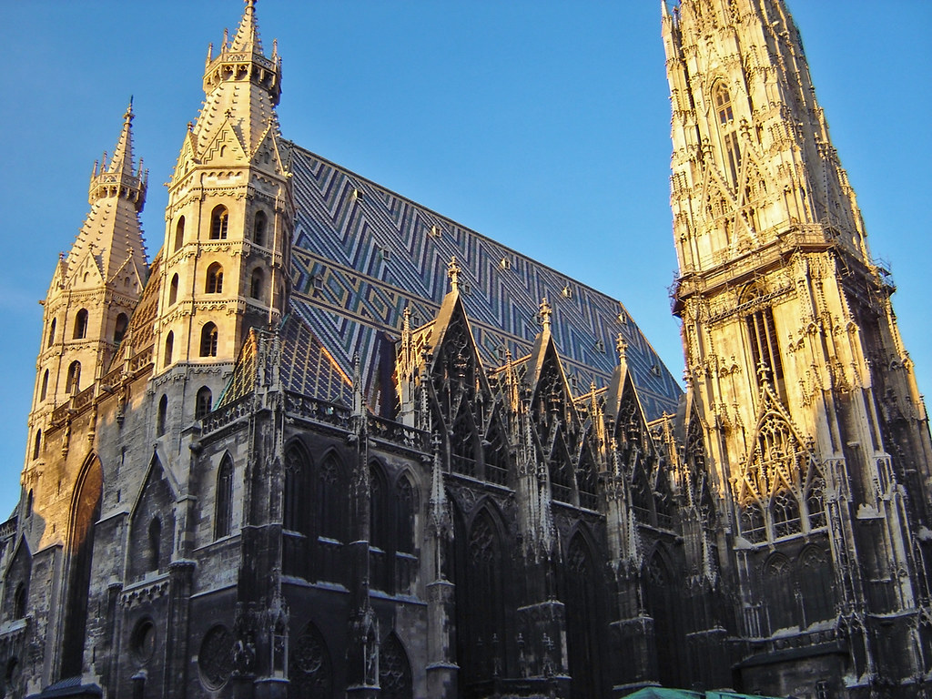 Stephansdom | St. Stephen's Cathedral, Vienna, Austria | Alex Bikfalvi |  Flickr