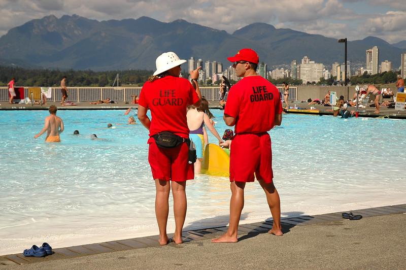 Life Guards, Kits Pool