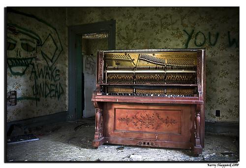 bells piano_2044 | by sheke1