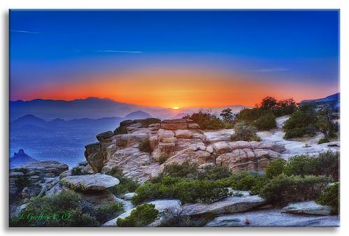 sunset arizona sun mountains southwest photoshop landscape scenery tucson canyon soe hdr oldwest cs4 photomatix tonemap hdrpool abigfave dslra350 dslr350