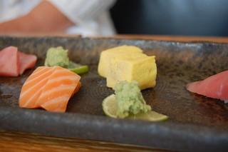 salmon, tamago
