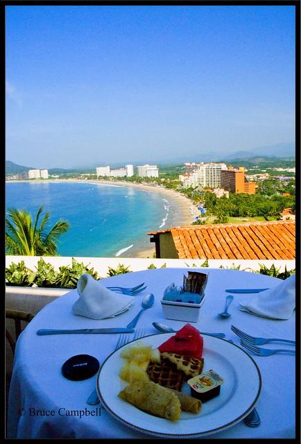 Breakfast at el Faro