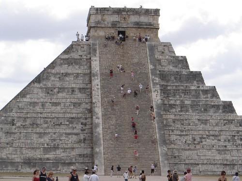escalinata de la pirámide