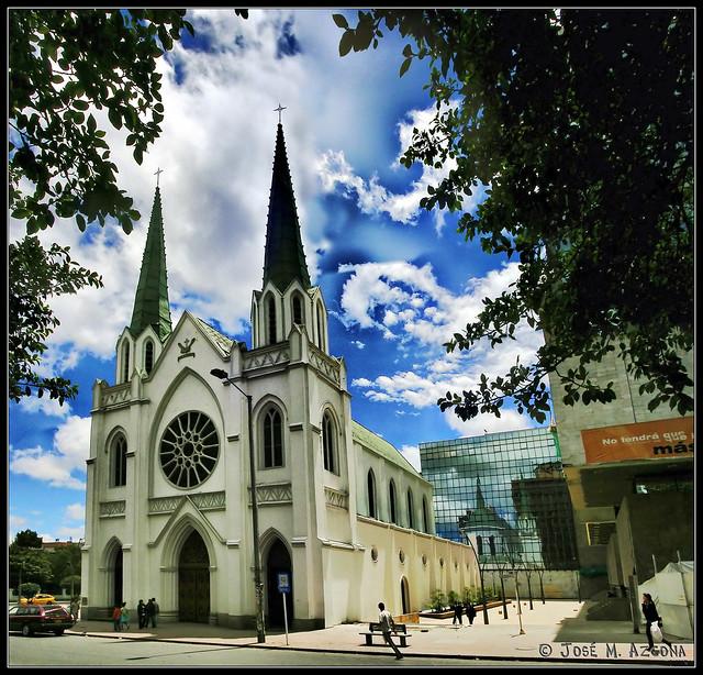 Bogotá (Colombia). Iglesia de Nuestra Señora de los Ángeles de la Porciúncula.