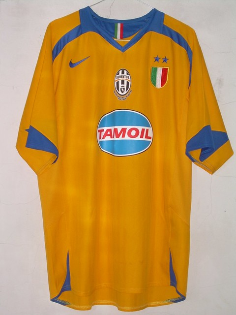 check out 86f68 49fd6 Juventus Third-Kit CL 05-06 | SOLD | Dandi Diputra | Flickr