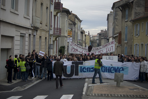 manif_9-12-1   by evenremy