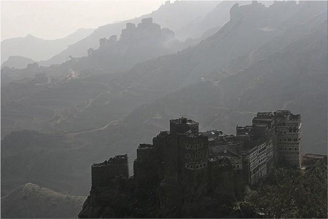 Yemen: maisons dans le djebel haraz.
