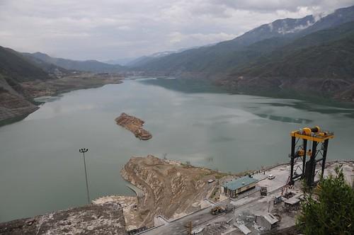 rivers uttaranchal waterbodies tehri geo:dir=397 june2008 geo:lat=3038034 geo:lon=784841166666667 riverbasins kathiyagaon