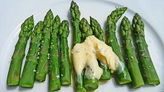 yummy asparagus | by gorgeoux
