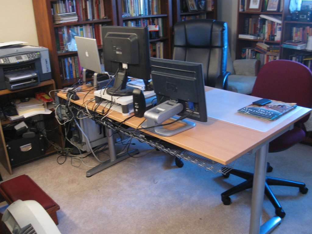 New Ikea desk - Galant - 2 | My new Ikea Galant model desk