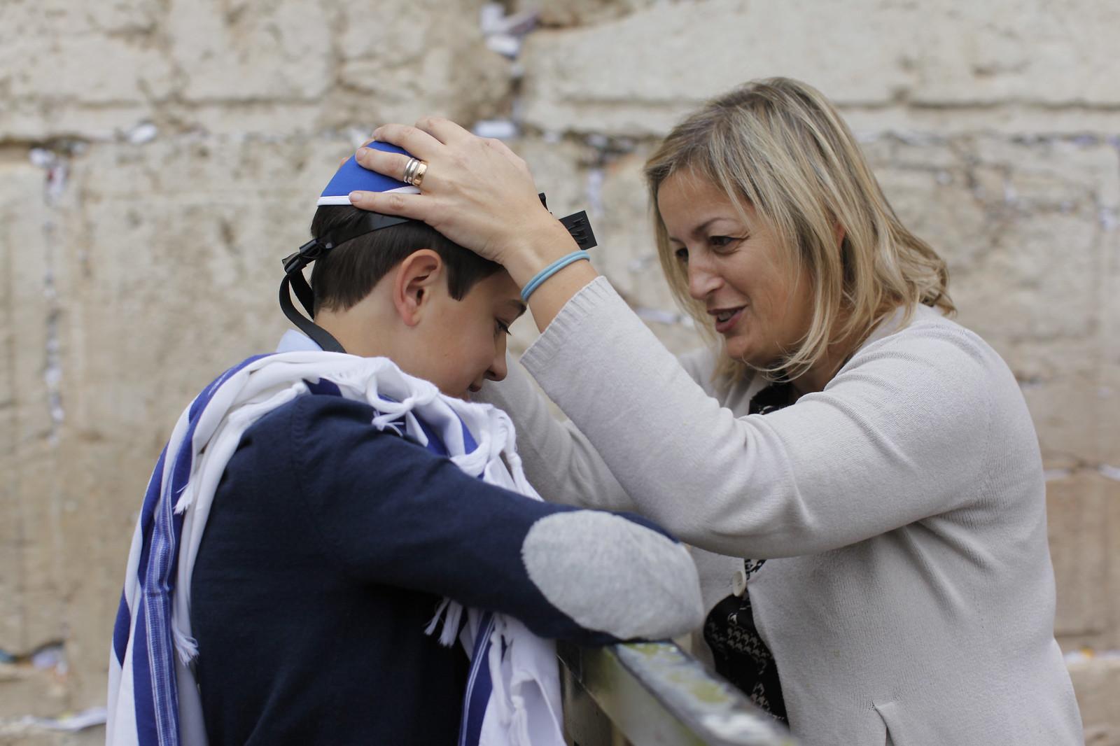 Bar Mitzvah 24_ Jerusalem_Yonatan Sindel_Flash 90 MG_9712_IMOT