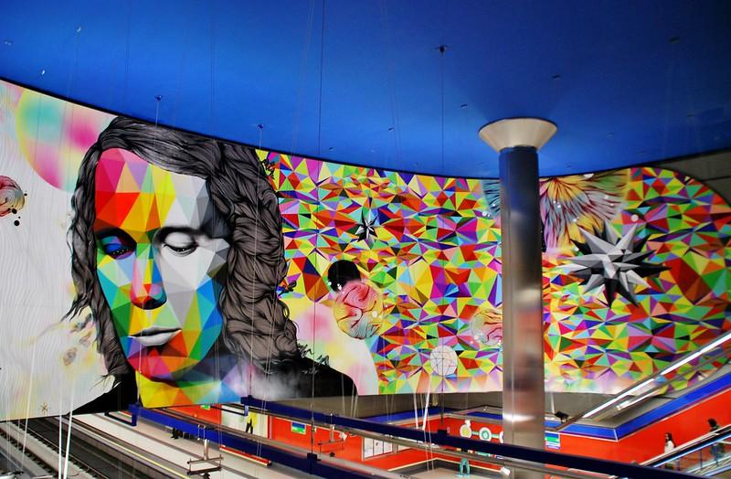 Estación Metro Paco de Lucía Muarl de Okuda y Rosh333. 30718