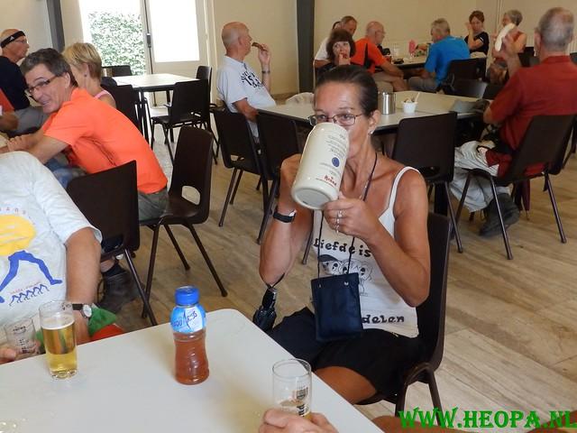 2015-08-08      3e dag 28 Km  Heuvelland  (39)
