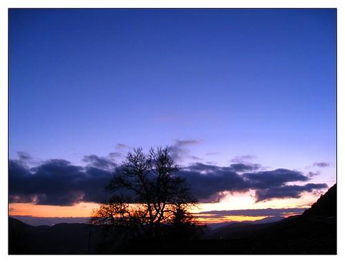 blue winter sky orange sun black nature nightshot postcard greece getaways epirus ελλάδα zagori northerngreece cmwdblue ζαγοροχώρια
