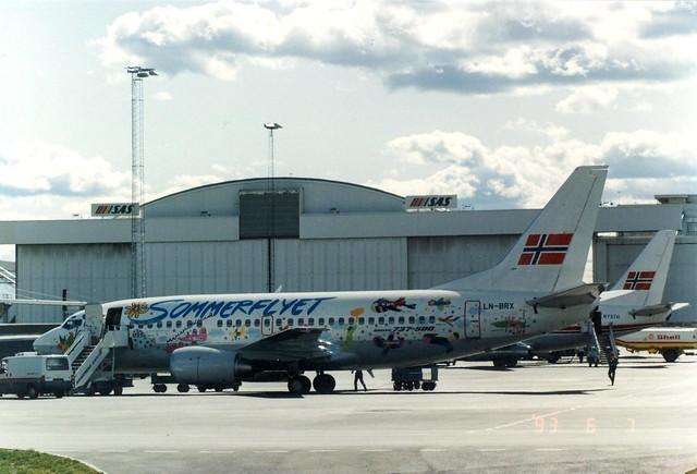 BRAATHENS SAFE 737-500 LN-BRX(cn2434)