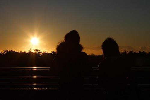 japan chiba hasunuma seaside pacific cloud sky sun sunrise couple silhouette mrhayata blog 日本 千葉 千葉県 九十九里 蓮沼 海浜公園 太平洋 カップル シルエット geo:lat=355890331 geo:lon=1405022403 geotagged
