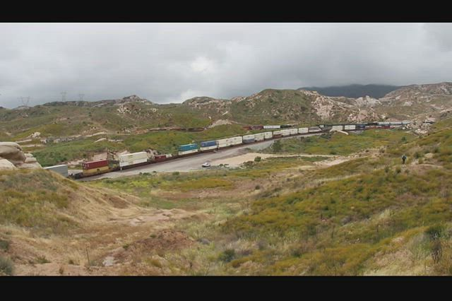 1309 Video of two freight trains heading in opposite directions in Cajon Canyon from the PCT