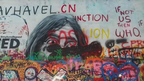Prague... John Lennon Wall live