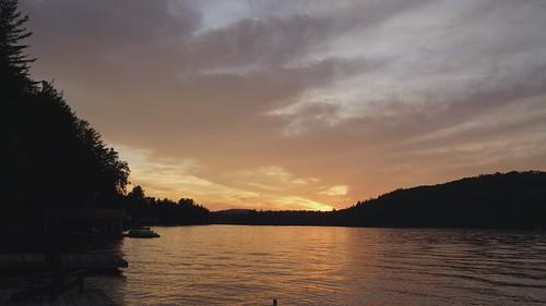 timelapse sunset clouds evening sky lake water beauty orange red change trees lakelife summer vacation outdoors outside sony alpha a7rii ilce7rm2 tamron2875 2875mm nex ilce emount femount sonyshooter bealpha seventhlake inlet newyork ny adirondacks