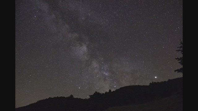 Timelapse: While Earth turns.... the stars stand still