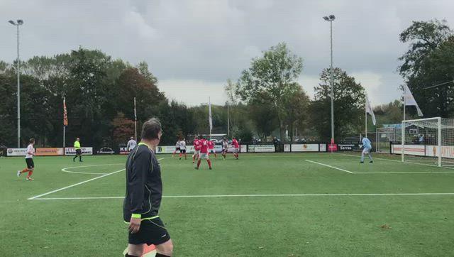 HBC Voetbal: 2-2 Neil van Hooff