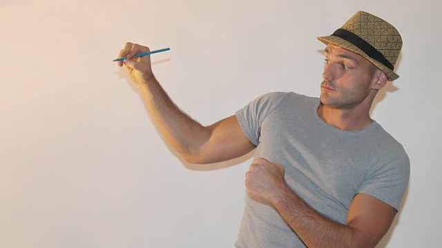 Sketch Fight - Ben Heine Art - Pencil Vs Camera Making