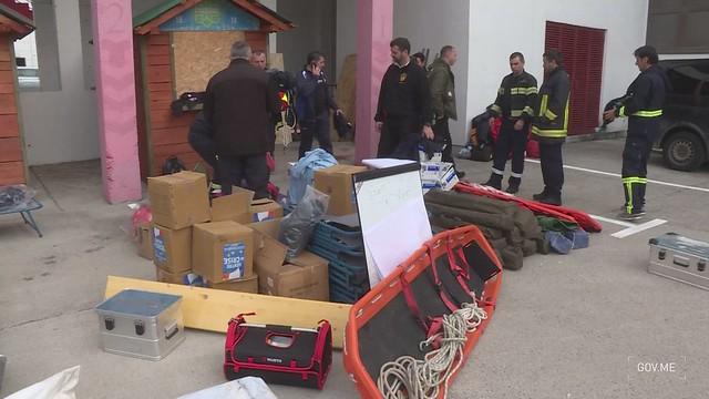 Odlazak spasilačkog tima CG u Albaniju pogođenu zemljotresom - kadrovi