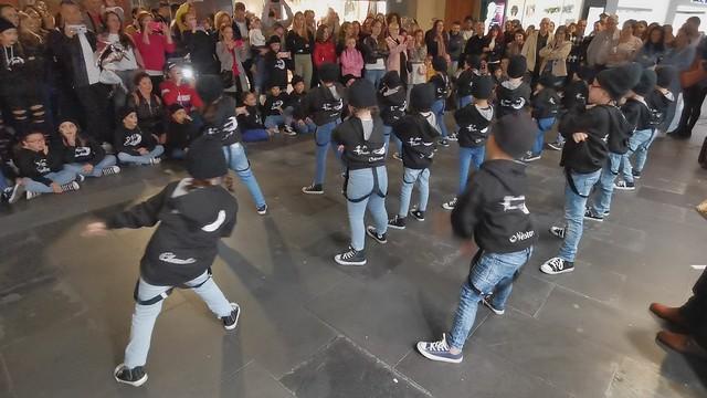 New Ending Grupo niños pequeños Danza Calle Triana Las Palmas de Gran Canaria