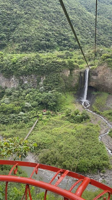The Waterfall of Bride's Veil (el Manto de la Novia), the Highway of the Waterfalls (la Ruta de las Cascadas), Baños de Agua Santa at 1,800 metros (5,905 ft) above sea level, the Central Highlands, Ecuador.