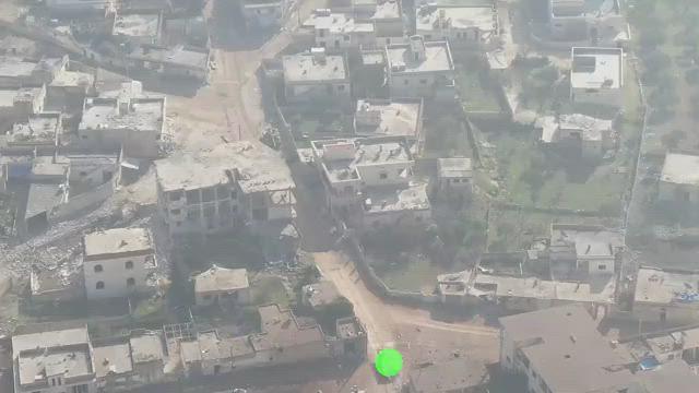 تصوير جوي    مفخخة لتحرير الشام تضرب إحدى نقاط النظام السوري ببلدة النيرب