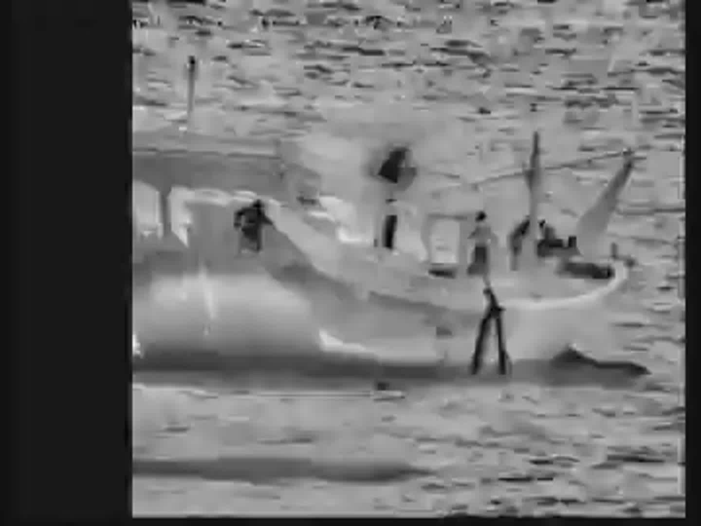 البحرية الأمريكية تصادر أسلحة إيرانية ببحر العرب بينها صواريخ أرض جو