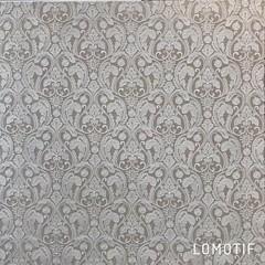 Olieverfschilderij van Nederlands trots Doutzen Kroes handgeschilderd op de prachtige brokaat jacquard geweven stof van de Sanderson collectie Style/Library genaamd Giulietta Linen. Trots op deze creatie en mengeling van techniek en stof.