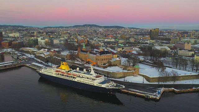 Akershus-Festning-by-drone-_-4K