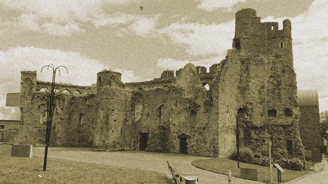 Swansea castle advert