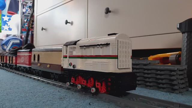 Lego BR class 08 in action