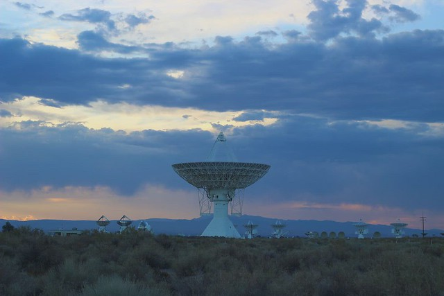 This Satallite Dish Must Get All The TV Channels (Radio Telescope OVRO)