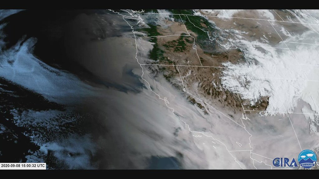 Animation of GOES17 images showing smoke plumes of wildfires in California 8 Sep 15.00 to 20.30 UTC