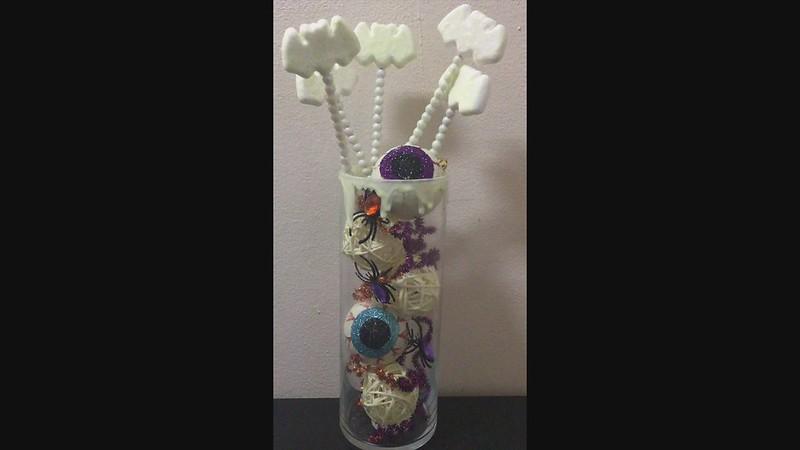DIY Halloween Vase Fillers
