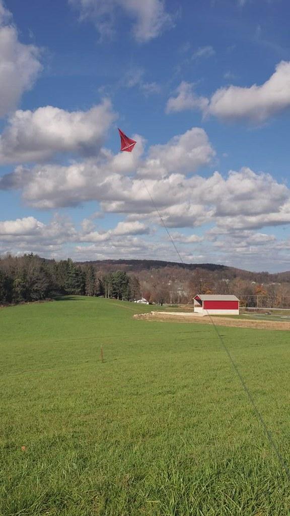 Failed horizontal spreader 8 foot SUMAC ROK kite.