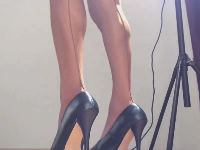 Video 1616 12092017 do you like my legs