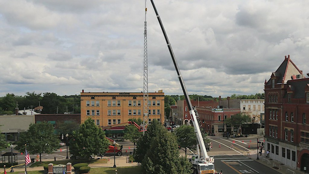 015 movie of taking-down the 1893 Ravenna flagpole in 3-minutes_July 29, 2014
