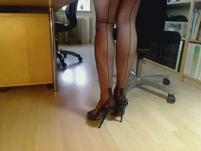 My legs in black FF nylons and 6.5