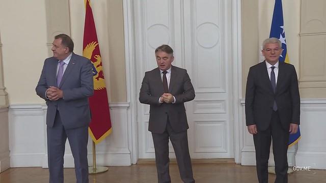 Zdravko Krivokapić - Milorad Dodik, Željko Komsić i Šefik Džaferović, predsedavajući i članovi Predsedništva BiH - kadrovi