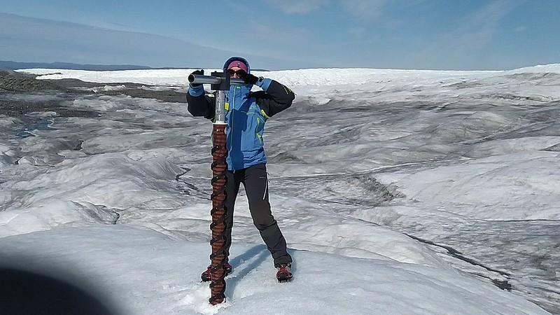 Kangerlussuaq TA Field Trip (Spanish Team): Ice drilling on Issunguata Sermia