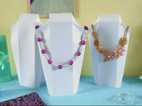 Origami Necklace Display Stand