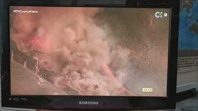 Erupción Volcán Isla de La Palma Islas Canarias video 09 grabado de Televión Canaria