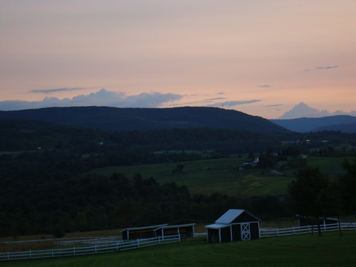 sunset sky ny newyork color field clouds fence dusk farm shed mountians howecarverns